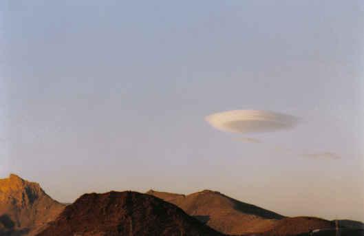 <center>OVNIS nas Canarias</center>